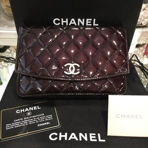 Chanel Classic Patent leather Wallet on Chain